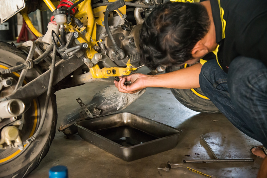 Motorcycles 101: 4 DIY Motorcycle Repairs You Can Do